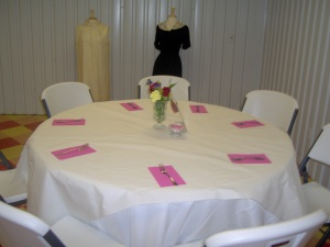 dinning table at quilt show